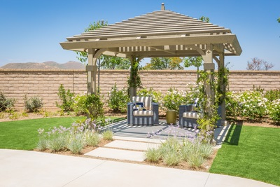 Pergolas: Your Top Summertime Shade Provider